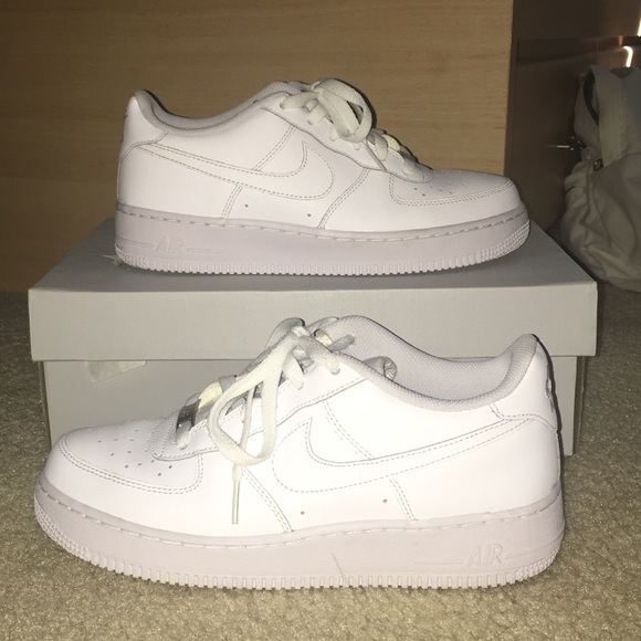 NIKE AIR FORCE 1 GS ALL WHITE 2cee18048f